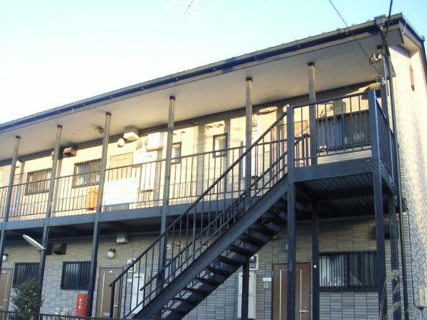 【朗報】家賃2万円のボロアパートに比べるとマンションは快適で天国すぎるぜ!