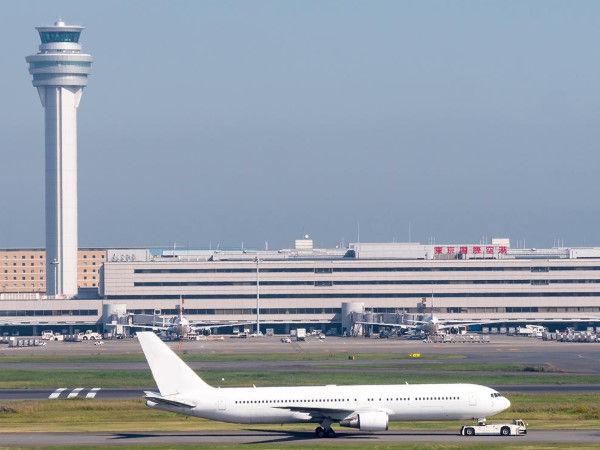 【悲報】家賃滞納で追い出された無職ワイ、羽田空港で2日目の朝を迎える…